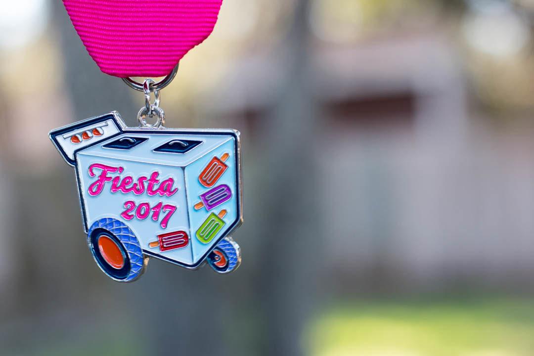 Paleta Cart 2017 Fiesta Medal by Amanda Infante